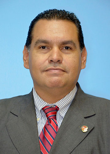 Sr. Fabián Cabezas